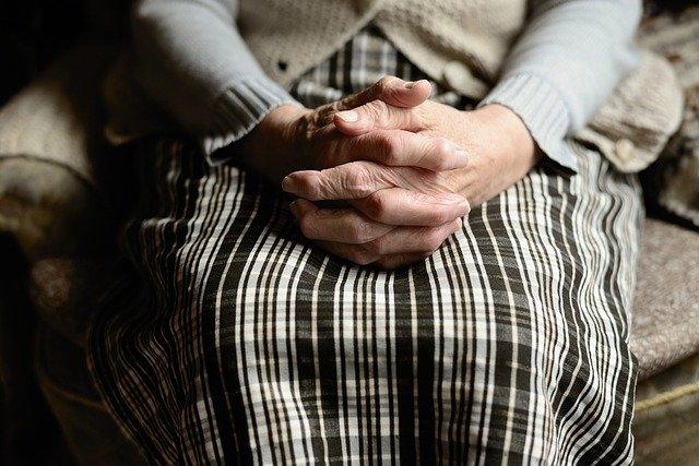 Behandlung von neurologischen stoerungen mit rtms in berlin un München
